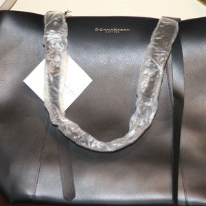Donna Karan New York DKNY Cashmere Coll Black Fau
